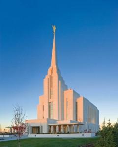 temple-mormon-Rexburg-Idaho1