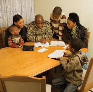 famille-mormone-ecritures8