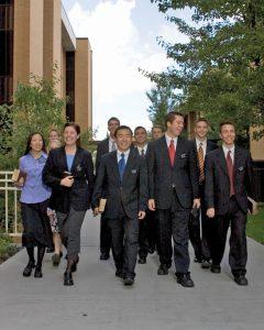 soeurs-hommes-missionnaires-mormons qui sont-ils?