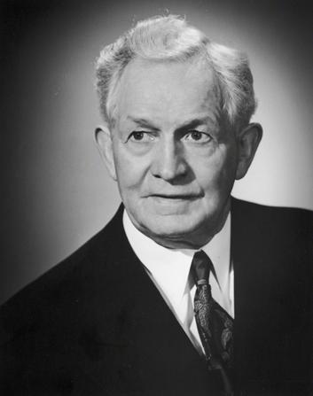 David O. McKay est devenu apôtre en même temps que deux autres frères. L'appel de plusieurs apôtres s'est produit plusieurs fois dans l'histoire de l'Eglise.