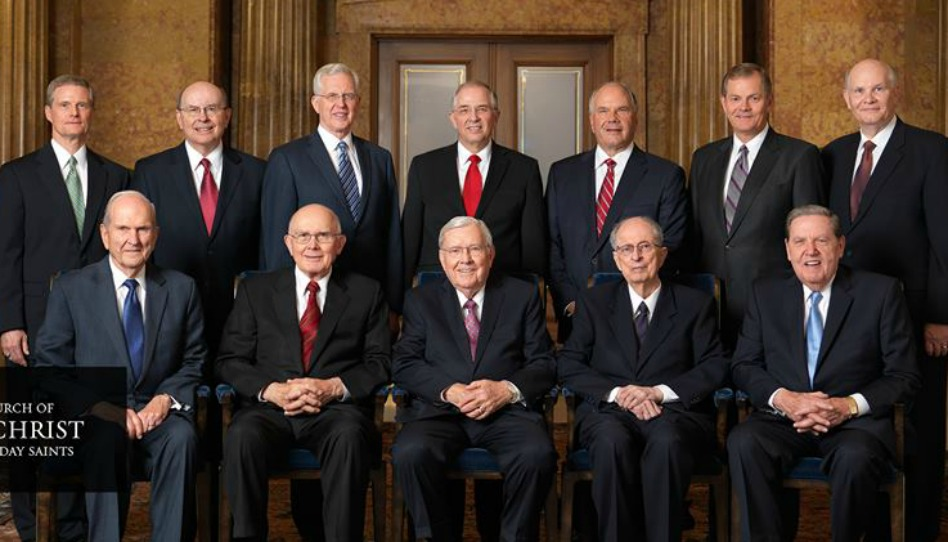 Photo officielle du nouveau collège des douze apôtres