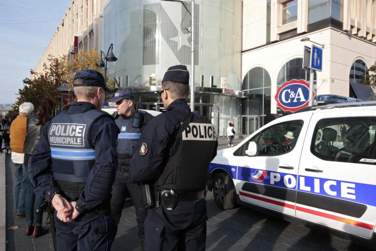 Prés. Hinckley: Comment combattre le terrorisme?