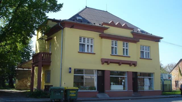 maison uchtdorf réfugié