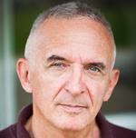 Warren Aston auteur