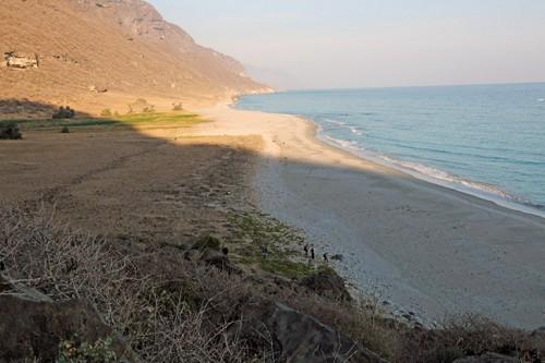 plage équipe fouilles Khor Kharfot