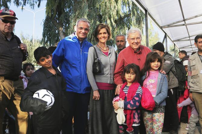 Elder Kearon et Elder Ballard à Lesbos pour l'aide aux réfugiés