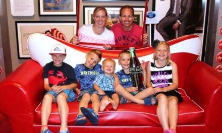 Une famille mormone star de youtube assume sa foi