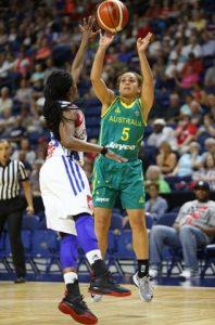 Leilani Mitchell participe aux jeux olympiques au basket ball