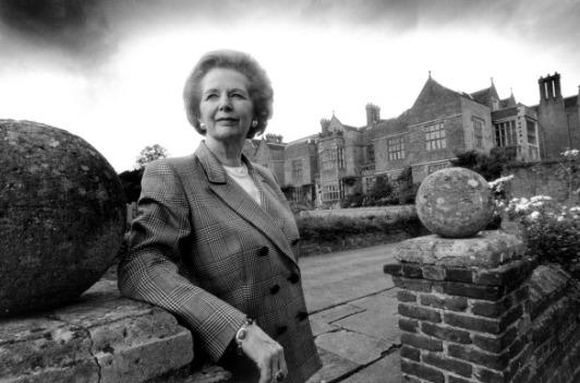 Margaret Thatcher, ancien Permier Ministre du Royaume Uni était un personnage très influent qui a fait l'éloge des Mormons.