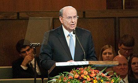 «Ne craignez point»: message d'Elder Cook aux jeunes adultes