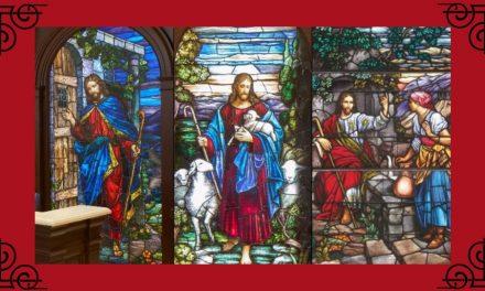Comment les vitraux d'une église presbytérienne se sont retrouvés dans des temples SDJ