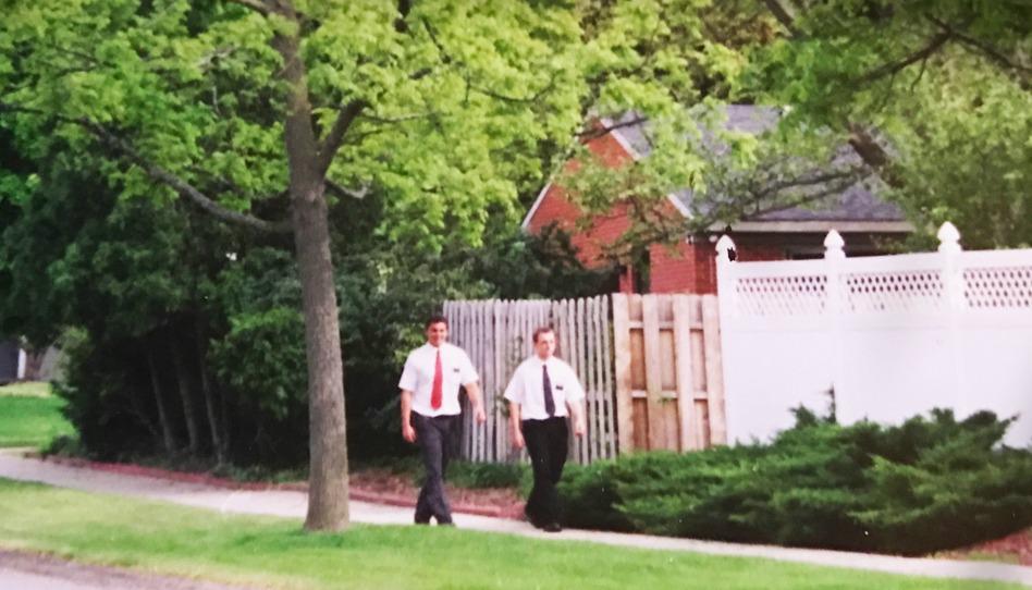 Greg Trimble missionnaire dans le Michigan; ne jetez pas le Livre de Mormon