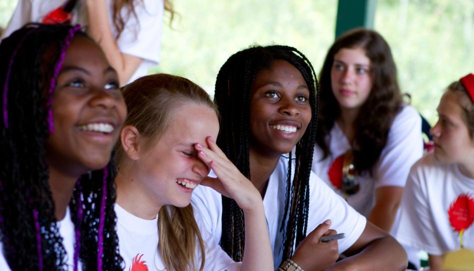 camp des jeunes filles; bonne Eglise
