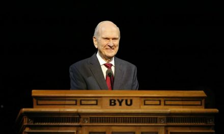 """""""Etudiez Jésus"""": Elder Nelson lance un défi aux jeunes pour 2017"""