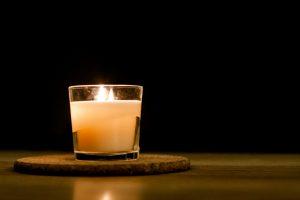 les bougies sont essentielles lors d'une coupure d'électricité