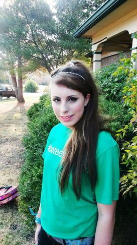 Amorelle souffre de schizophrénie et garde la foi