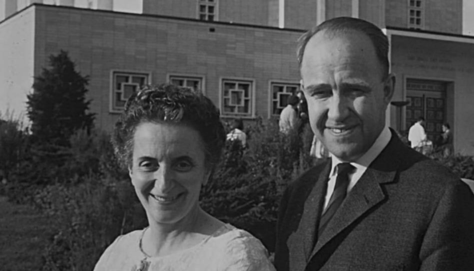 Comment un ancien soldat Nazi et une survivante de l'Holocauste sont tombés amoureux et sont devenus mormons.