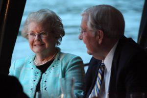 Elder Ballard et son épouse
