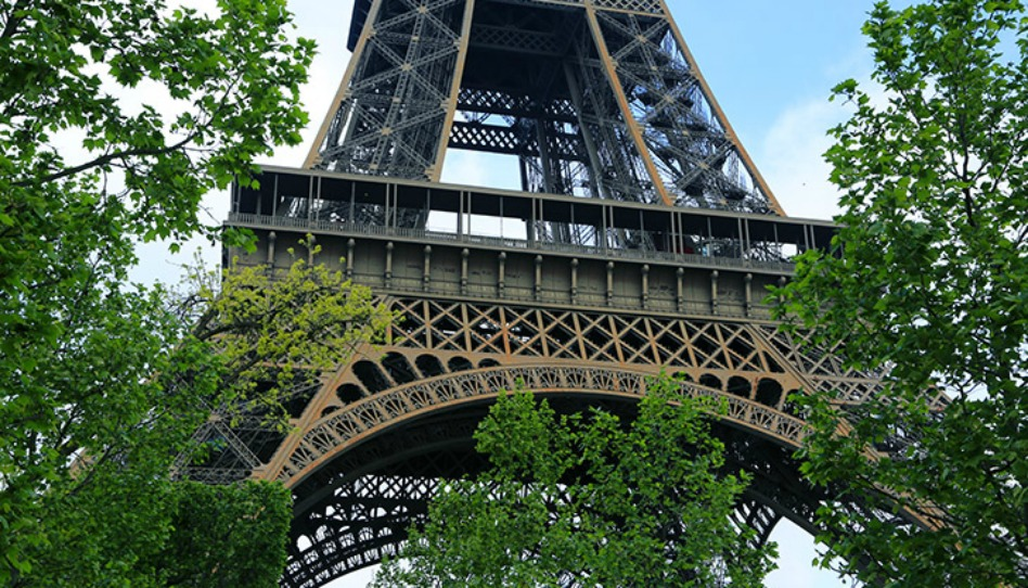 Qu'ont pensé les médias de la France laïque au sujet du temple de Paris?