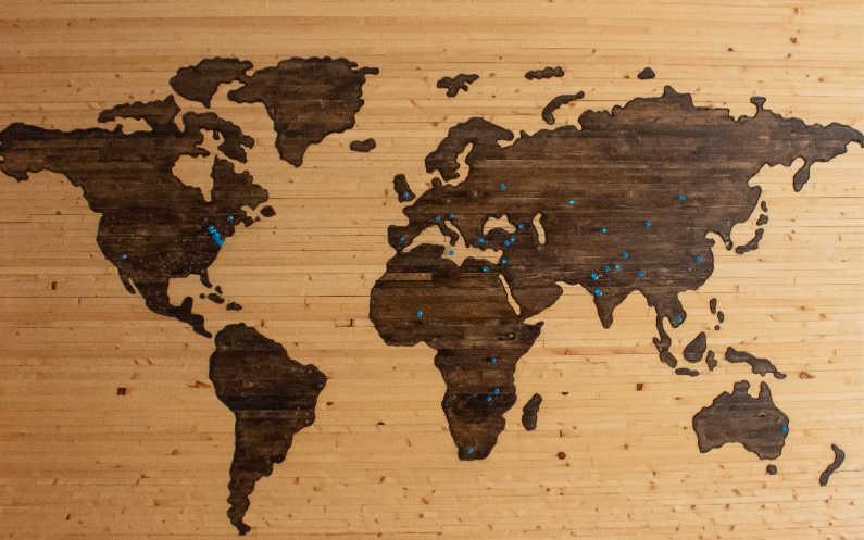 sdj dans le monde entier