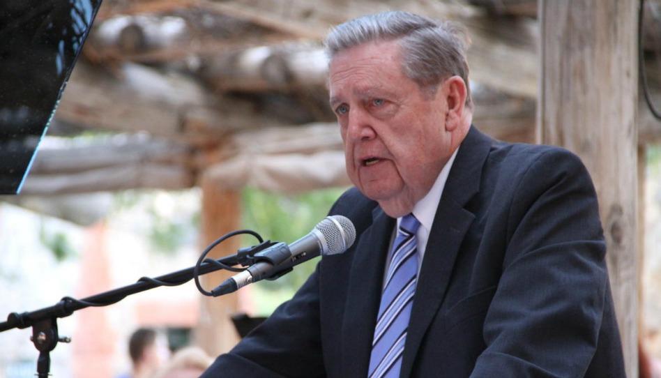 Elder Holland parle de son héritage pionnier à des descendants de pionniers d'Utah