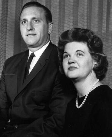 soeur Monson et son époux apôtre