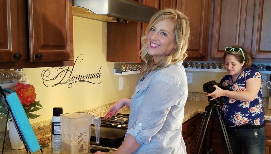 tournage d'une vidéo sur des recettes avec vos réserves