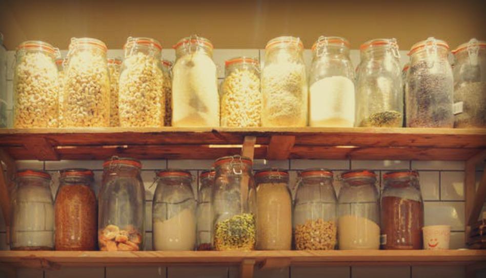 Deux mormones tentent de dissiper les mythes sur les réserves de nourriture