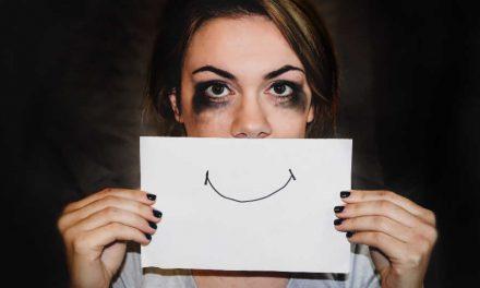 8 façons d'aider nos proches qui souffrent de pensées suicidaires