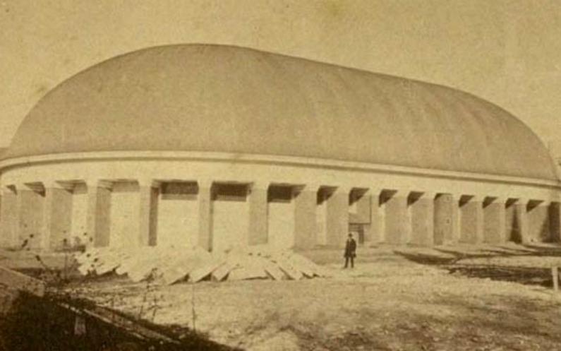 Tabernacle outside