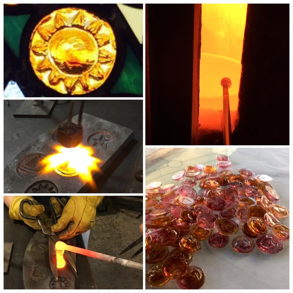 création des bijoux en verre