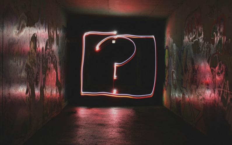 Apprendre par soi-même en se posant des questions