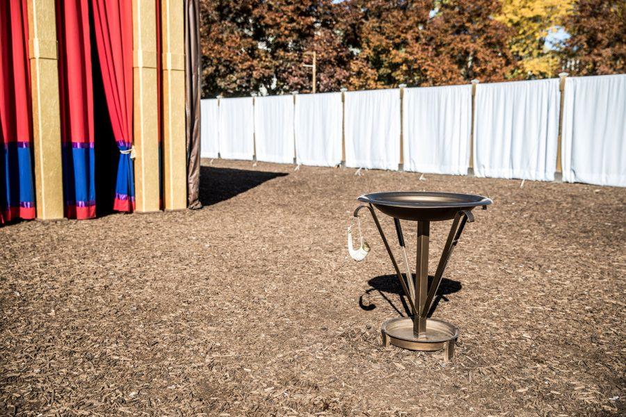 vasque pour les lavements rituels (pieds, mains, etc)