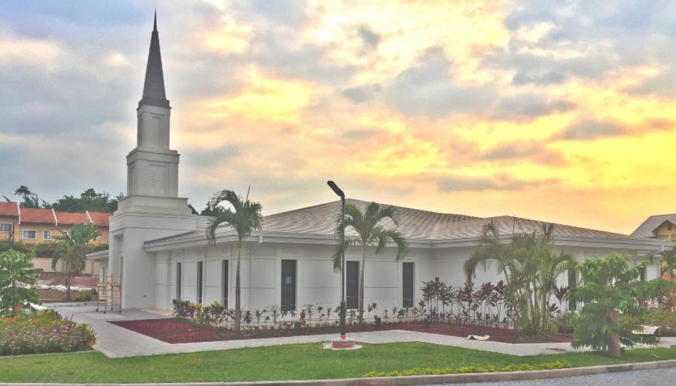 annonce des dates des portes-ouvertes et de la consécration du temple de Kinshasa