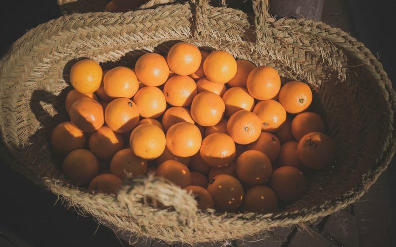 souvenirs de Noël des oranges et des pamplemousses pour les veuves