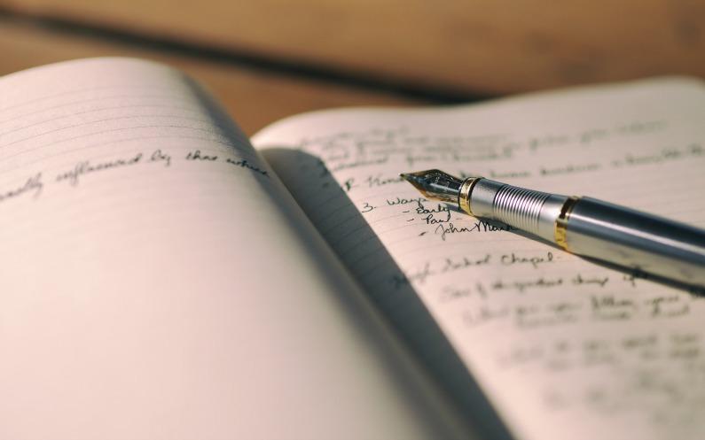 écrire dans le journal